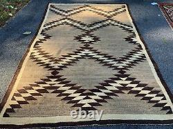 5X7ft Antique Navajo rug, blanket Native American textile circa 1900
