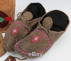 ANTIQUE 19TH C. NATIVE AMERICAN Indian BEADED HIDE moccasin pouch Original