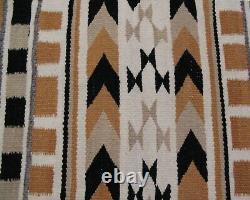 ANTIQUE NAVAJO SADDLE BLANKET Native American INDIAN WEAVING RUG