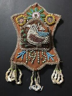 Antique Iroquois Native American Indian Wall Pocket Beautiful Beading DATED 1915