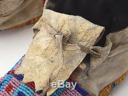 Antique Native American Indian Sioux Lakota Plains Beaded Moccasins Parflech