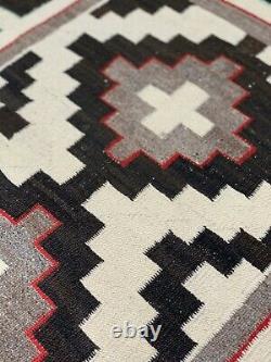 Antique Native American Navajo Rug Vintage Three Diamond