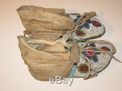 Beautiful Antique Native American Indian Beaded Moccasins From Umatillo Village