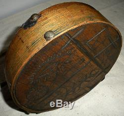 C1770 REVOLUTIONARY WAR CHEESEBOX CANTEEN E WOODLAND AMERICAN INDIAN CARVED vafo
