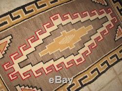 KLAGETOH Antique NAVAJO Reservation Native American Indian Hand Woven Wool RUG