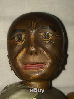 NATIVE AMERICAN RED INDIAN MAN VINTAGE ANTIQUE WIND UP TIN TOY ROBOT 1930s JAPAN