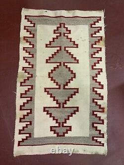 NAVAJO HISTORIC CRYSTAL RUG ANTIQUE 57x35 native american transitional Vintage