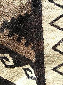 Navajo Rug Teec Nos Pos Native American Indian Antique Weaving Textile 1910
