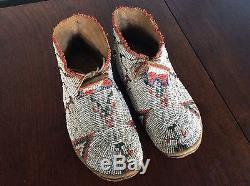 Old Antique Native American Indian Beaded MOCCASINS