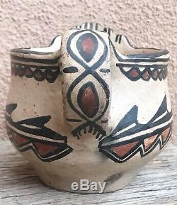 Old Antique Tesuque Pueblo Indian Native American Pottery Pitcher Whirling Log