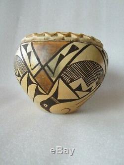 Original Antique 19th C. Native American Pueblo Acoma Pottery Olla New Mexico