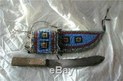 PLATEAU INDIAN KNIFE NATIVE AMERICAN BEADWORK BEADS Leather Antique 1890's