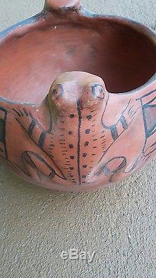 Rare Maricopa Pueblo Frog Bowl. Not Navajo