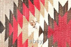 VTG Navajo Blanket Rug Native American Indian ANTIQUE EYE DAZZLER 56x31 Textile