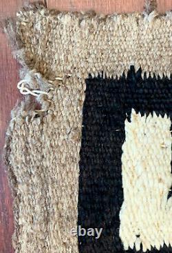 Vintage/Antique Navajo Native American Indian Textile Weaving Wool Rug Blanket