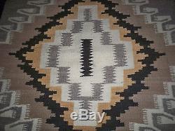Vintage Native American Indian Navajo Two Grey Hills Diamond Blanket Rug